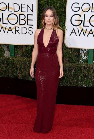 Olivia Wilde: vestido de Michael Kors Collection y joyas de Bulgari