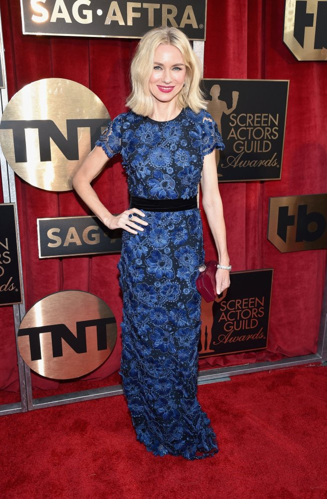 3naomi-watts-sag-awards-2016